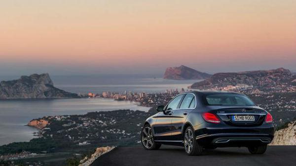 Renaultovi dizli Mercedes-Benzu pomagajo do kupcev