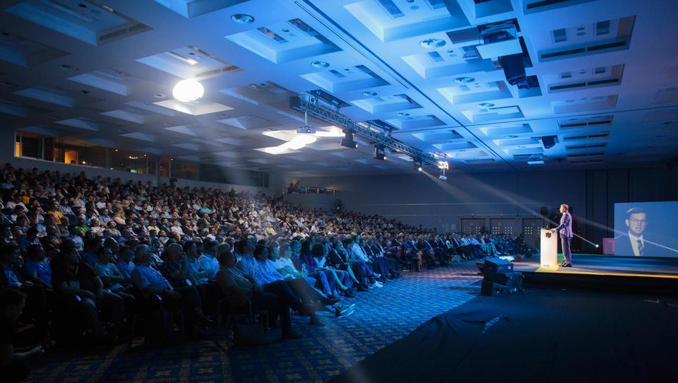 Na Microsoftovi NT konferenci 2019 v ospredju razvoj umetne inteligence