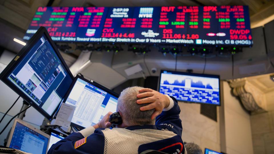 Ameriška politična kriza pordečila borze, delnice na 19-mesečnem dnu