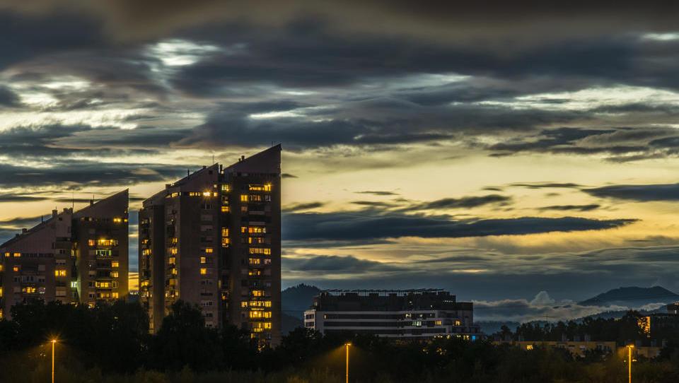 Temni oblaki nad slovenskim trgom nepremičnin