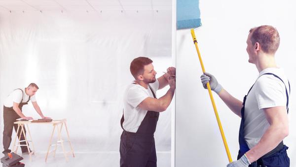 Kdo vam lahko pomaga graditi hišo ali pleskati stanovanje?
