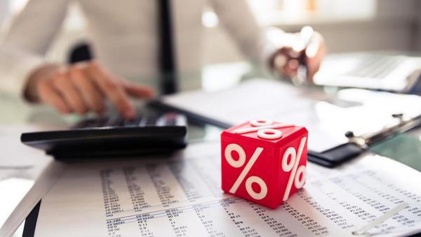 Ali banke enako računajo efektivno obrestno mero?
