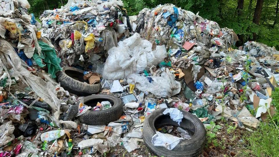Občina prosi za informacije o onesnaževalcu na vzhodu Ljubljane
