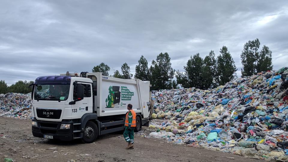 Predstavljamo intervencijo, ki jo pripravlja minister Leben pri odpadkih