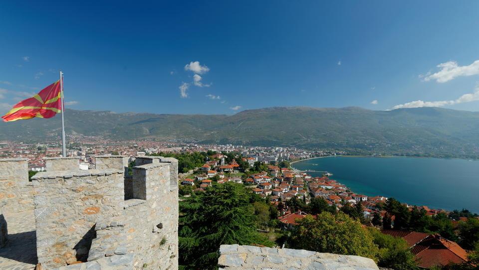Najceneje se v Evropi je in pije v Makedoniji, mi smo blizu povprečja EU