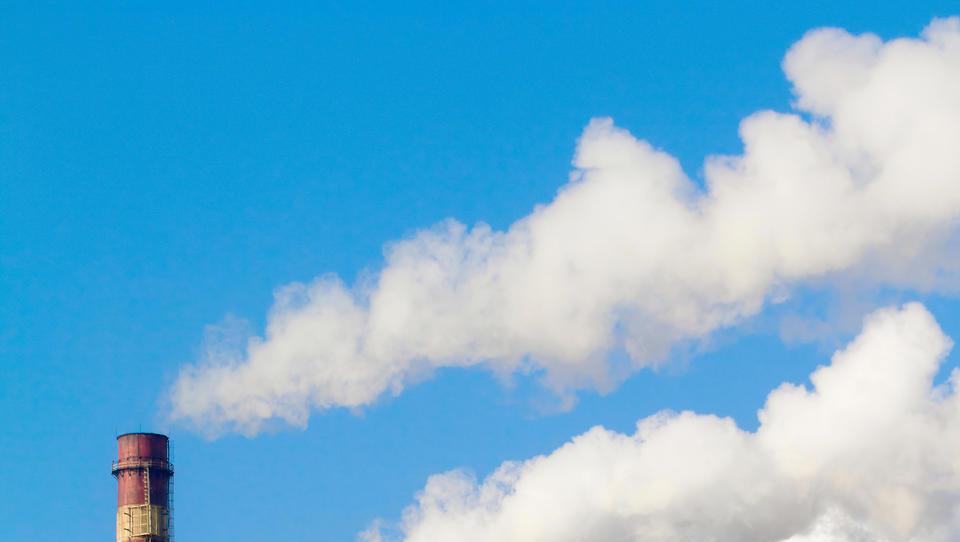 Na poti v neto ničelne emisije šestina svetovnega BDP, Slovenije ni zraven
