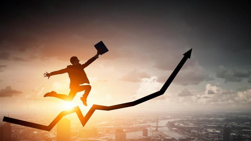 PMI Slovenija: Nadaljnje povečevanje optimizma v industrijski proizvodnji