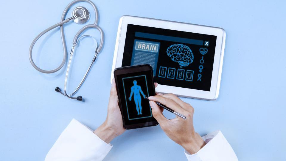 Iluzorno je pričakovati, da bo denar za zdravstvene aplikacije prišel iz zdravstvene blagajne