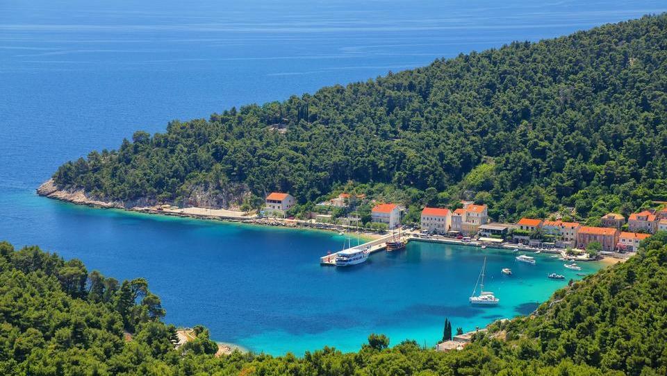(TURIZEM) Kaj prinaša bum investicij na Hrvaškem in kaj bo novega pri nas?
