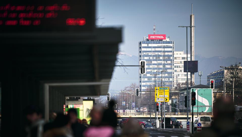 Petrol zagnal dva nova projekta energetske prenove stavb