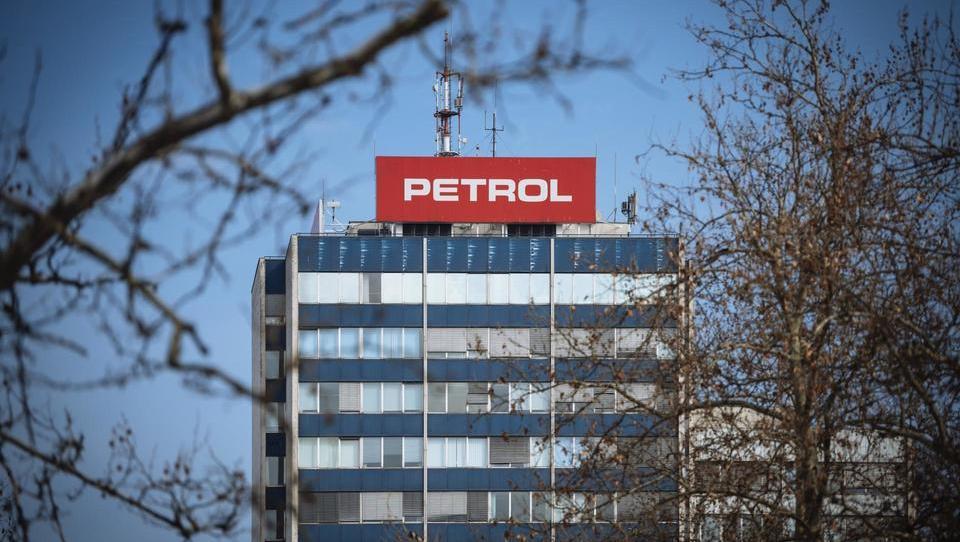 O razlogih za odhod Berločnika & Co. bo razpravljala skupščina Petrola