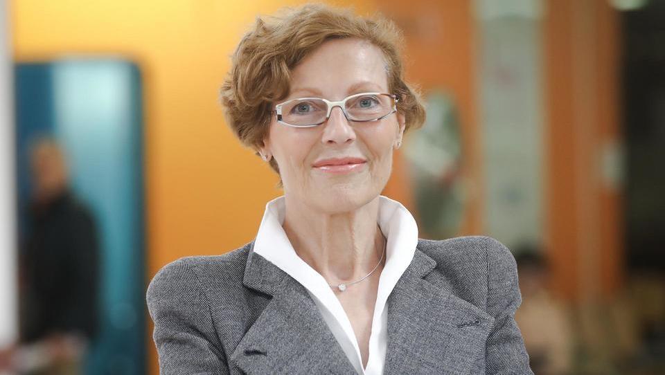 Tavčarjevo priznanje za življenjsko delo prof. dr. Mariji Pfeifer