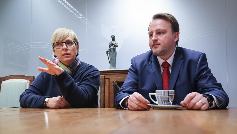 (intervju) Nataša Pirc Musar in Klemen K. Mišič: Afera z izolsko bolnišnico naj bo budnica za vsa podjetja