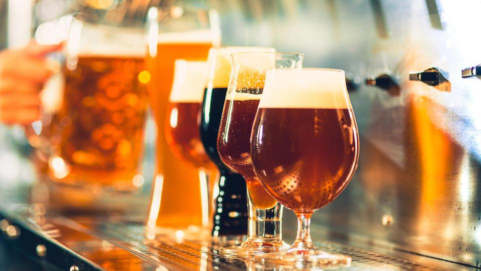 Pivo se peni, slovenski pivovarji hitijo v Berlin