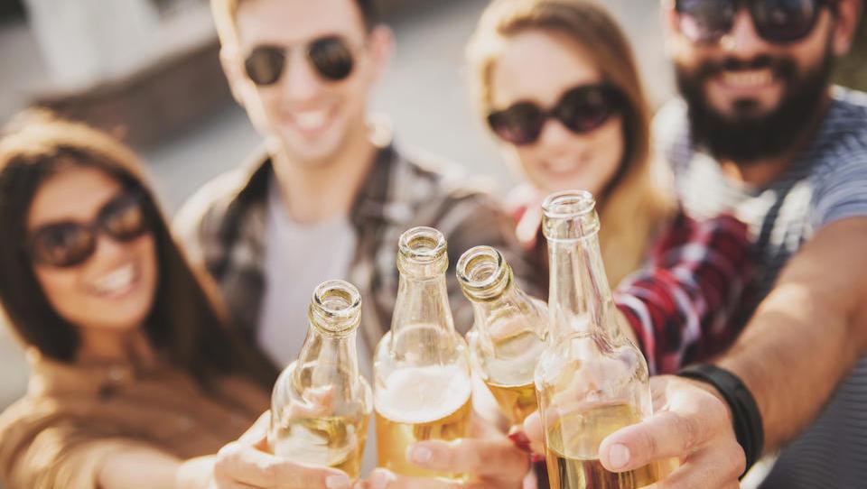 Prodaja brezalkoholnega piva raste. Kako slovenski pivovarji izkoriščajo trend?