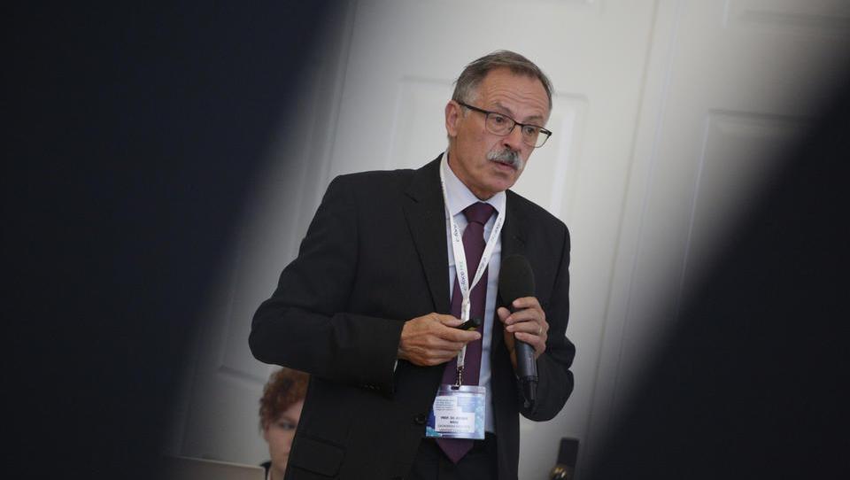 Tveganja za svet, EU in Slovenijo po Mraku ter kako se z njimi spopasti