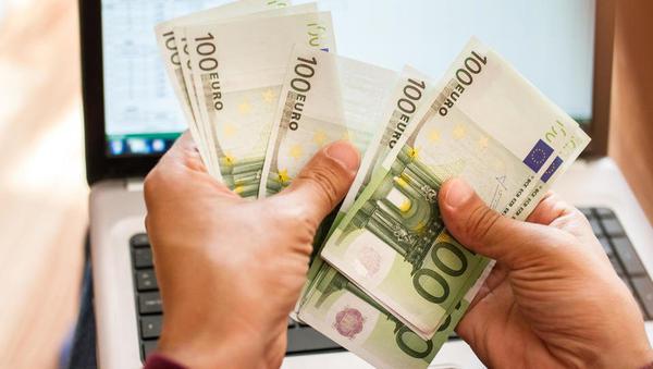 Bo vlada subvencioniranje skrajšanega delovnika podaljšala do konca leta?