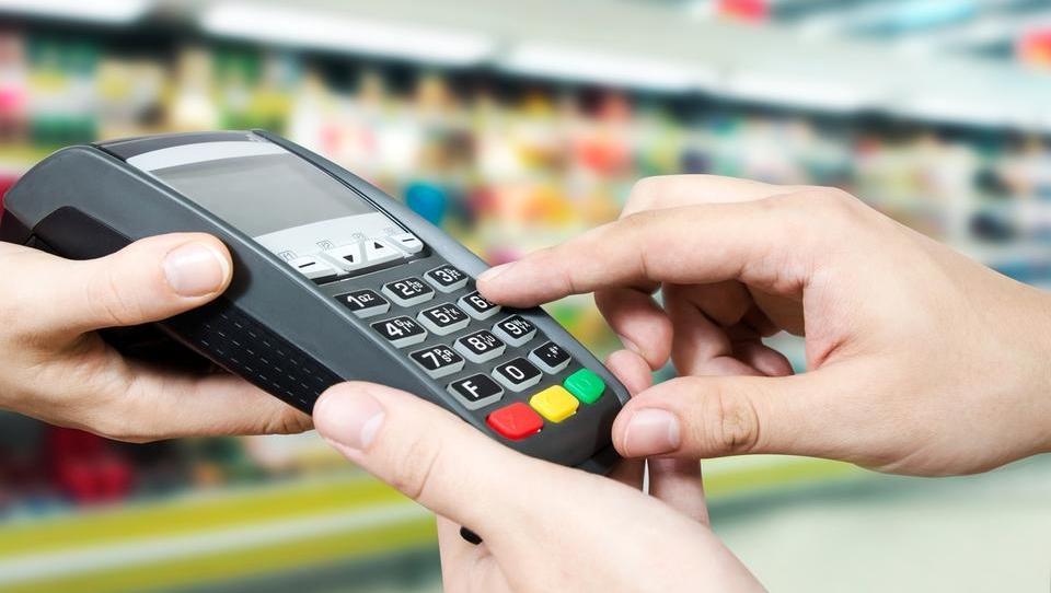 (bančne kartice) Imate še vedno nostalgijo po vpisovanju PIN?
