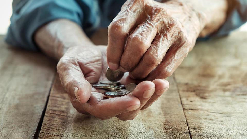 (izračun) Kakšna bo pokojnina espeja, ki je plačeval minimalne prispevke?