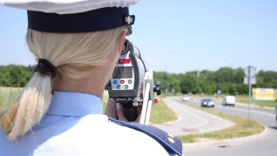 Pozor, na Hrvaškem občutno višje kazni za prometne prekrške!
