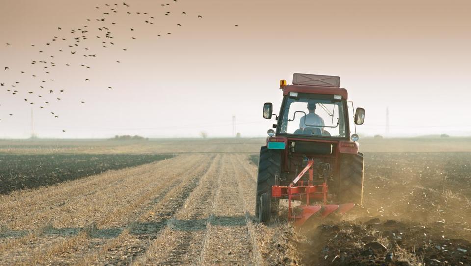 Dva milijona za agromelioracije na komasacijskih območjih