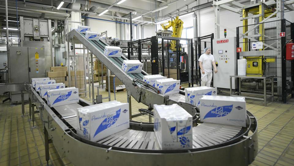 RRC v prevzem preostalih 39 odstotkov Pomurskih mlekarn