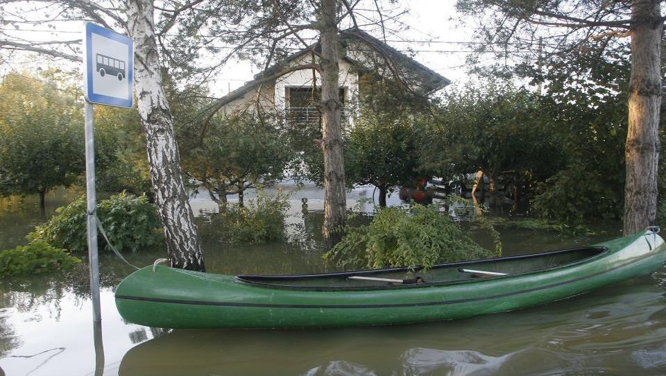 6 nasvetov, če vas prizadenejo poplave