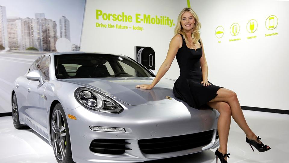 Porsche prekinil sodelovanje z Mario Šarapovo, ujeto pri dopingu