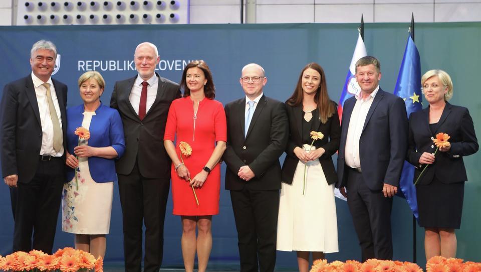 Evropske volitve: SDS+SLS trije mandati, SD in LMŠ po dva mandata, NSi en mandat