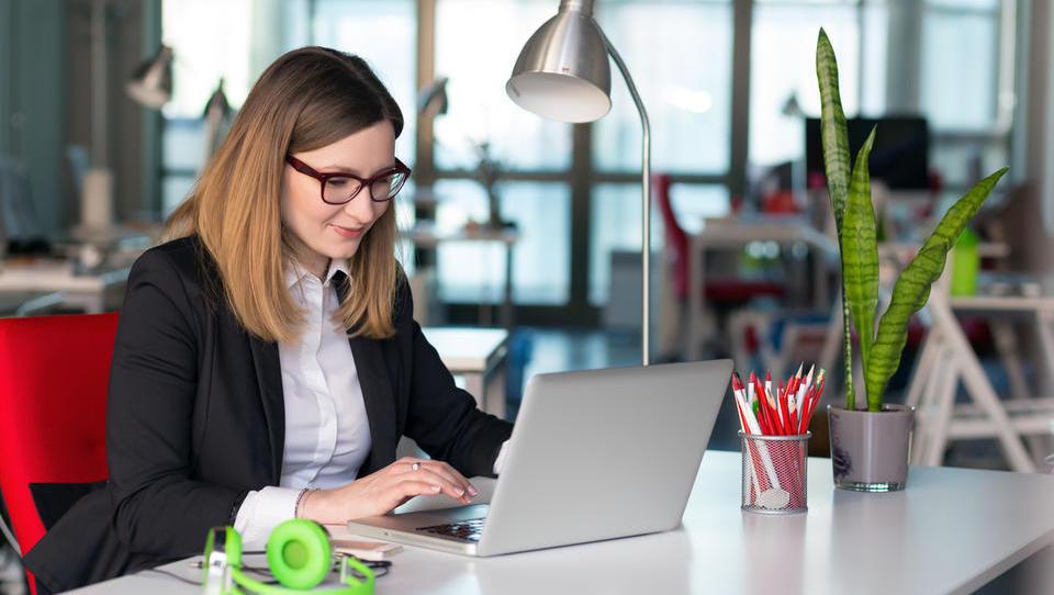 Za podjetnike: Kako po novem oddati davčni obračun