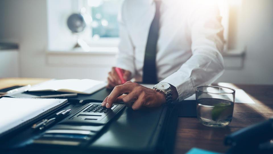 Vplivi računovodenja neopredmetenih sredstev na poslovni izid