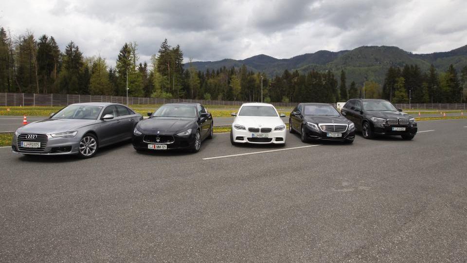 (foto) Kaj vse mora znati dober menedžerski avto