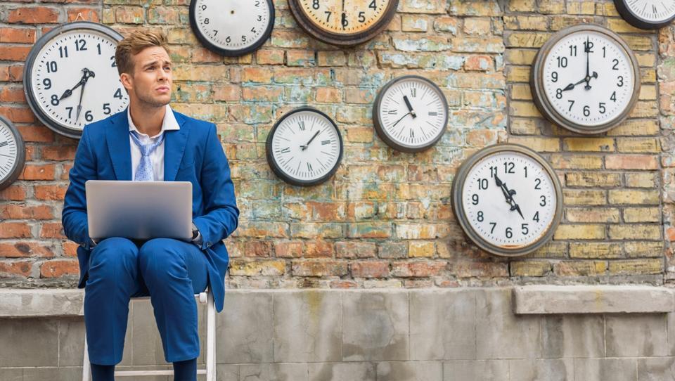 Ali tudi vi čakate več kot 65 dni na plačilo fakture?