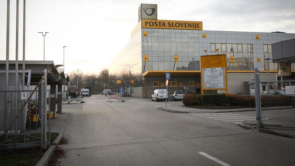 Pošta Slovenije v novo prodajo poštnih poslovalnic. Cene nižje do 10 odstotkov.