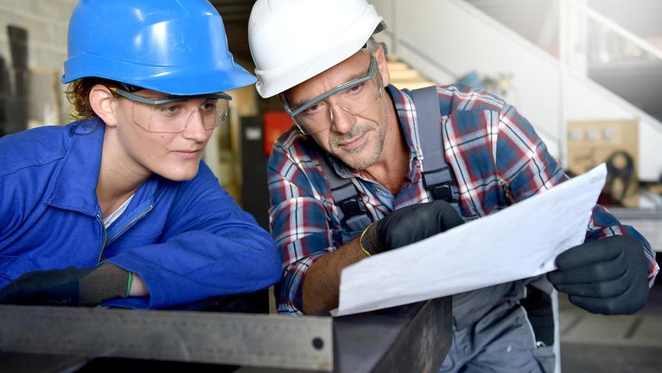 Nova spodbuda za usposabljanje brezposelnih v deficitarnih poklicih