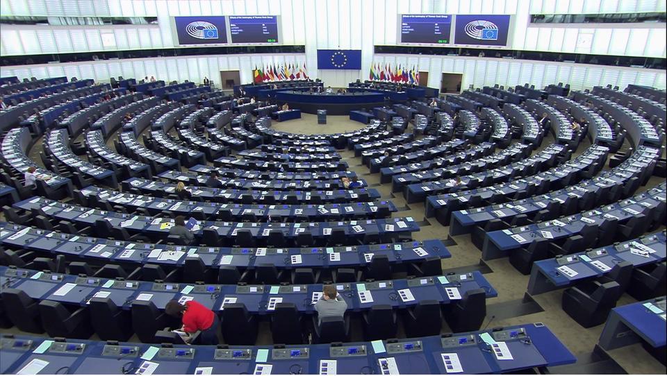 Evroposlanci po stečaju družbe Thomas Cook: EU potrebuje vseevropsko strategijo za področje turizma
