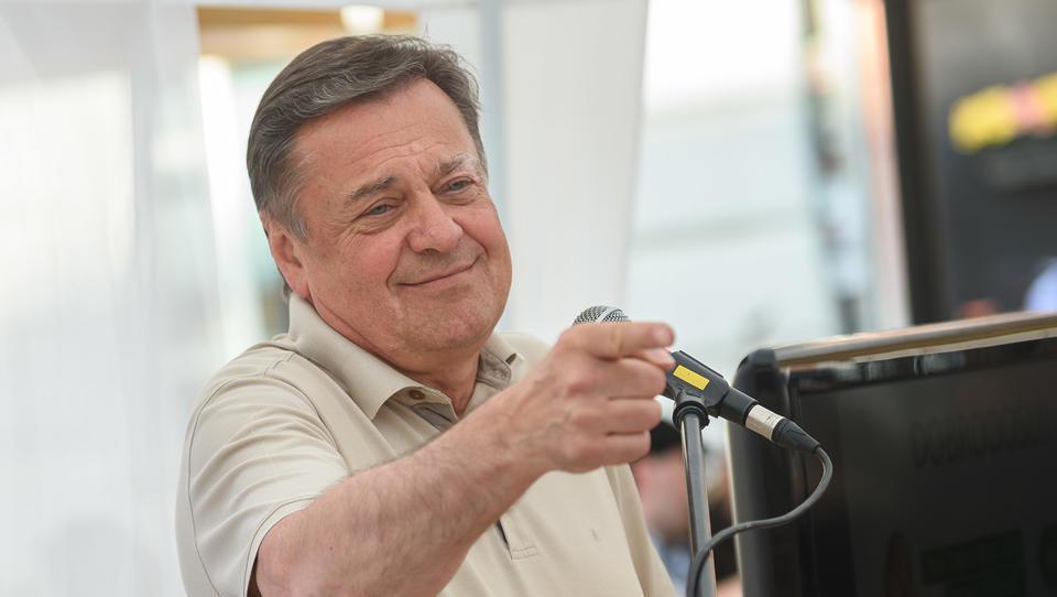 Je Jankovićevo poigravanje s Tobačno odgnalo nemške investitorje?
