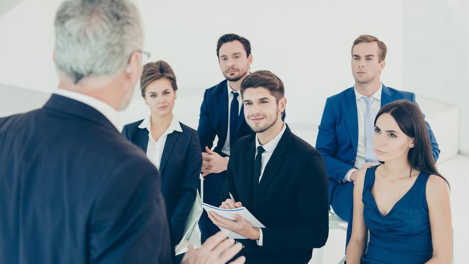 10 veščin, ki jih mora imeti dober šef