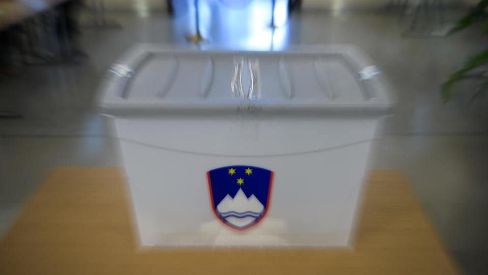 Predčasne parlamentarne volitve bodo 3. junija