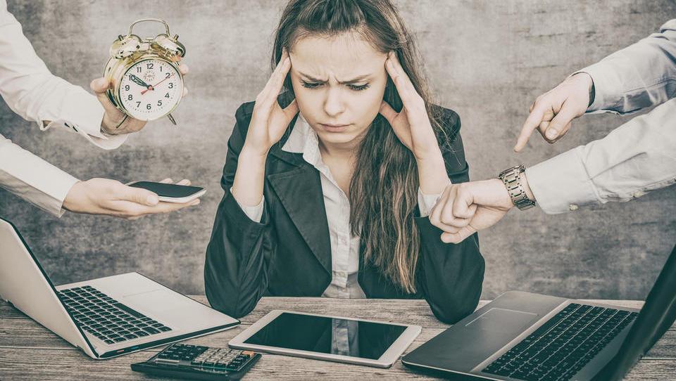 Pazite, da vas ne zajame nova epidemija – izgorelost zaposlenih