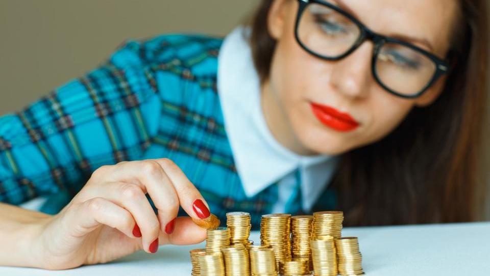 Espeji, na teh bankah imate lahko le en račun, a to vam lahko podraži vrtec!