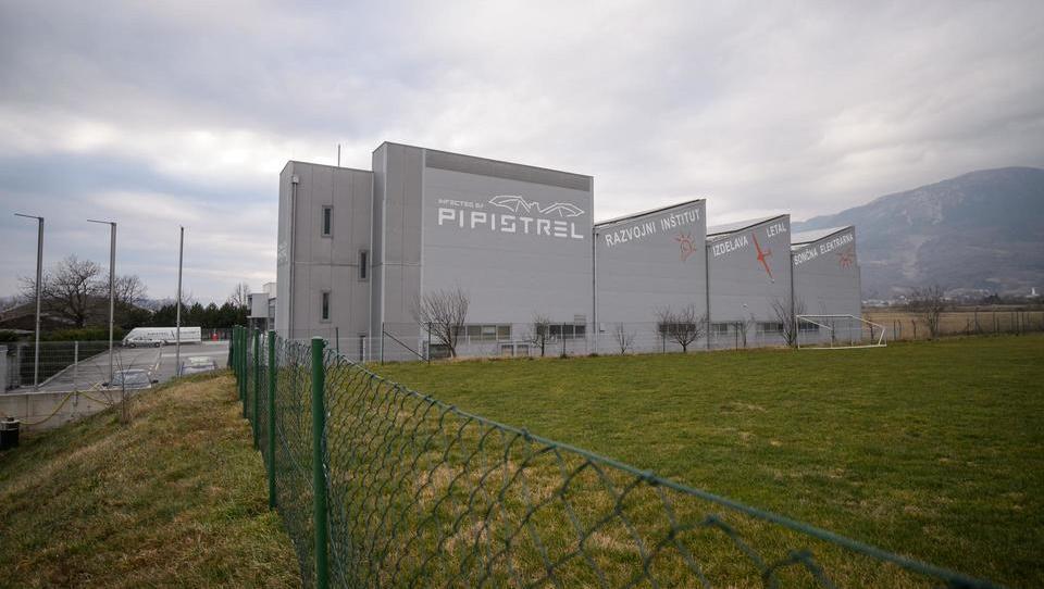 Pipistrel, ki je dobil nov posel v Indiji, širi proizvodnjo v Vipavo