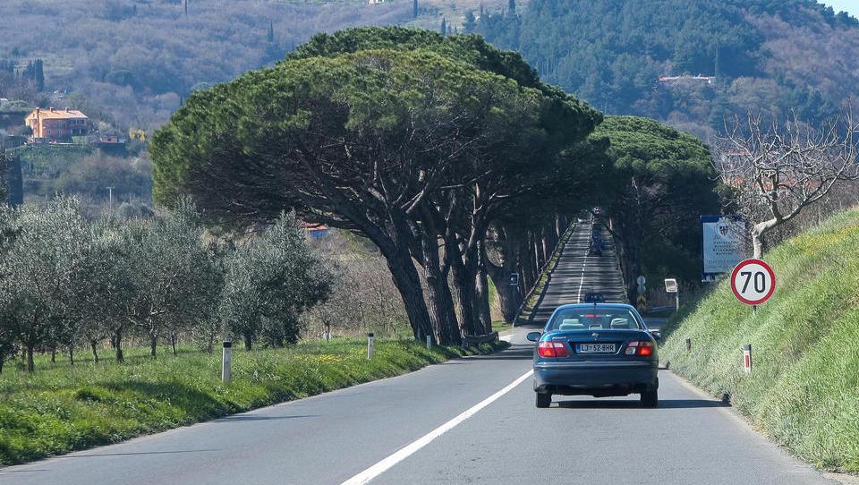 Zakaj nimamo hitrih cest skozi našo Istro do Hrvaške? Ker ju Slovenci nočemo