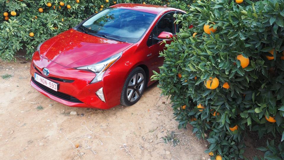Toyota prius: Okoljska izkušnja  v najlepši luči
