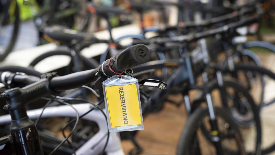Slovenci med epidemijo navalili na kolesa