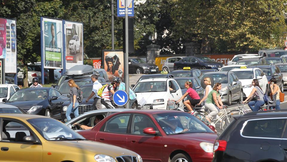 Kakšna bodo nova obvezna avtomobilska zavarovanja