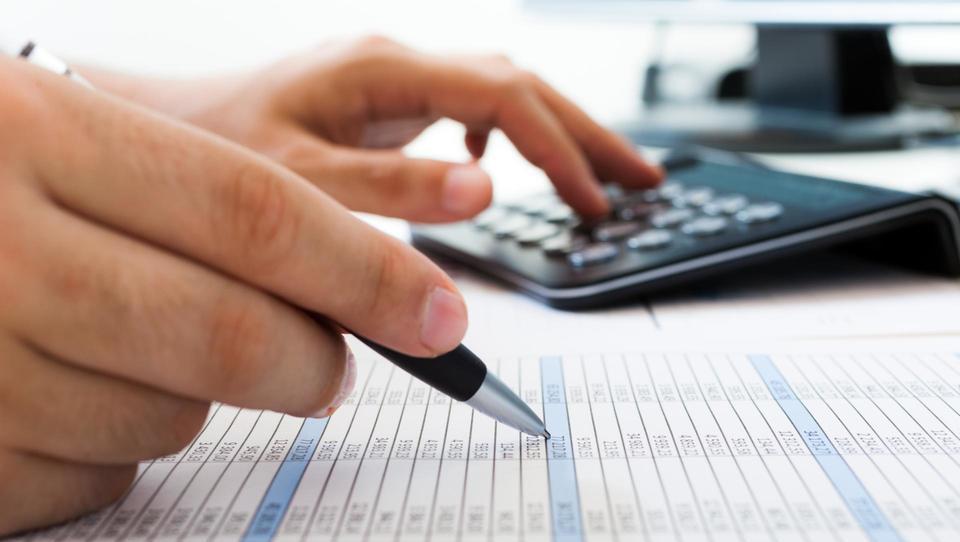 Angleži izračunali ekonomski prispevek raziskav v medicini