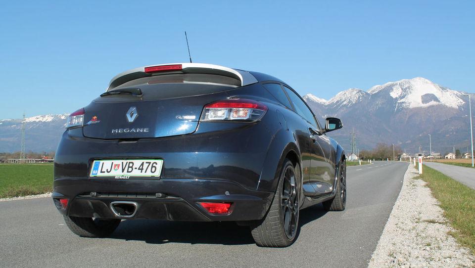 Renault z Akrapovičem pripravlja najhitrejšo pošast
