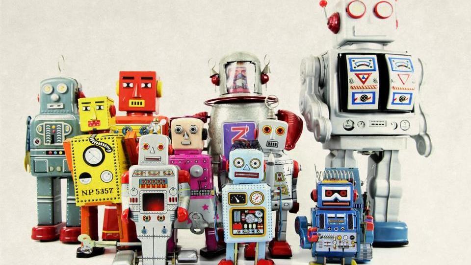 Roboti pač ne bodo plačevali davkov. Kdo jih pa bo?