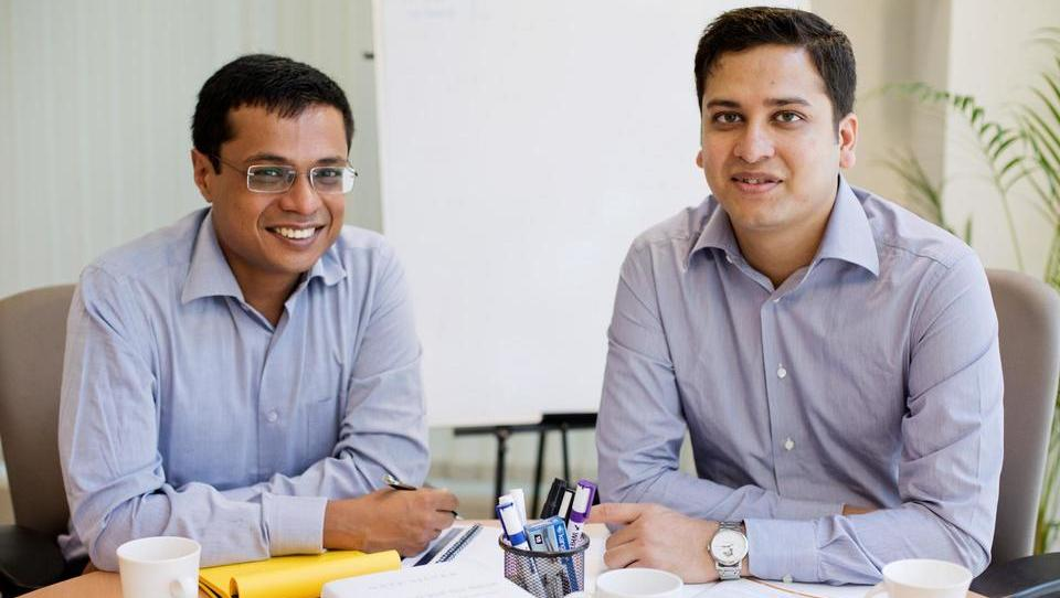 Kako sta Indijca postavila spletno trgovino, za katero sta se »stepla« Amazon in Walmart